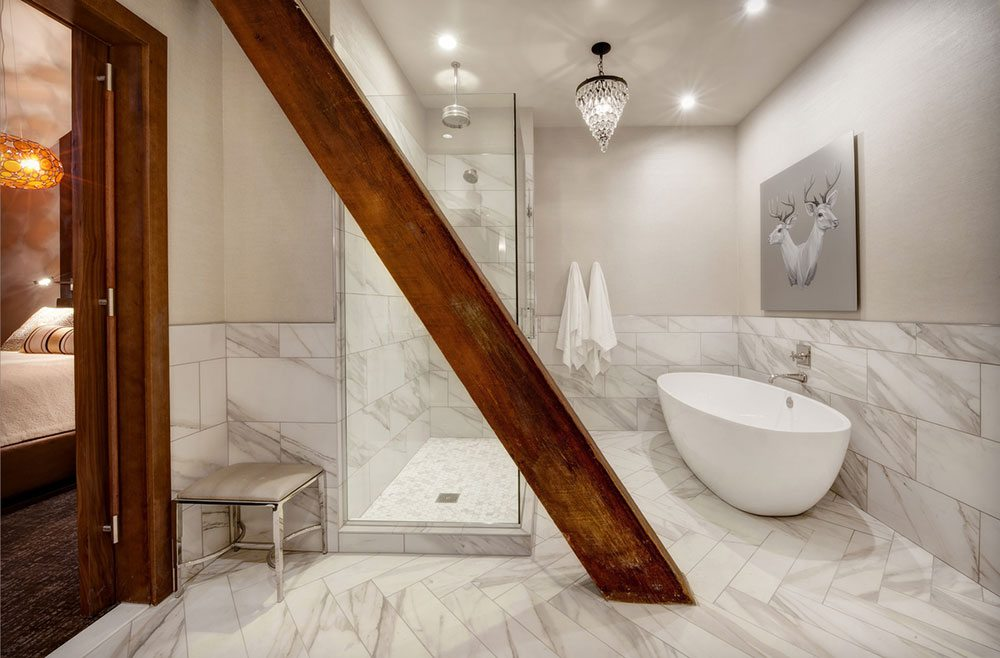 The Crawford Hotel bathroom was truly luxurious inspiring spa play for children.