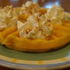 Easy and delicious pumpkin spice waffles