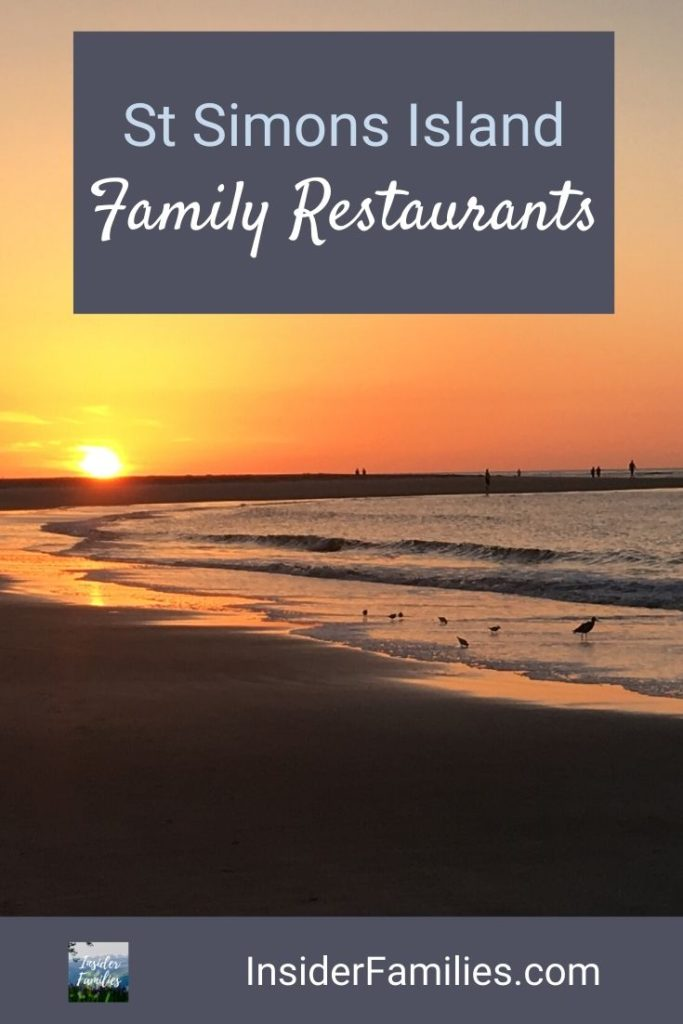 St Simons Island is a charming beach town in Georgia. A large part of its charm comes from is southern food and friendly people. Find our our favorite restaurants to frequent with kids! #StSimons