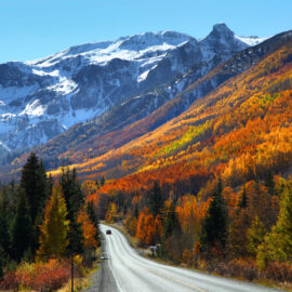 The stunningly terrifying red mountain pass in Colorado during fall